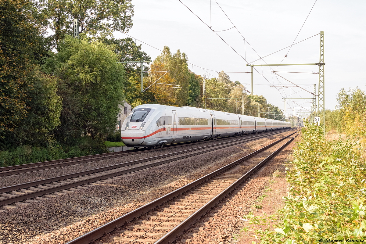 9001 (412 001-8) als ICE 901 von Hamburg-Altona nach Berlin Südkreuz in Friesack. 30.09.2017
